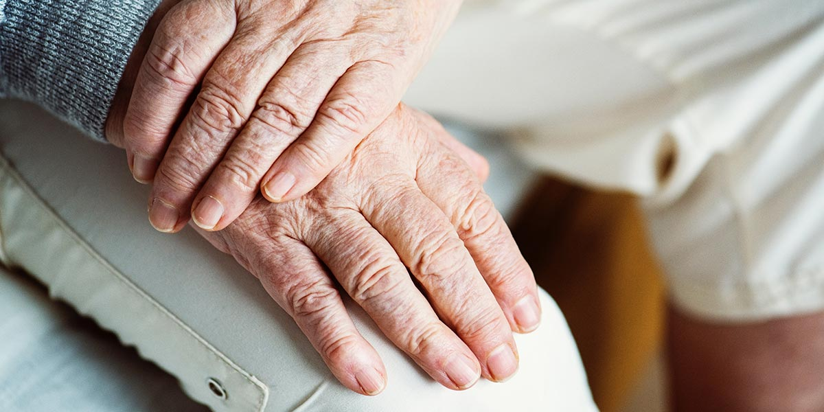 The Early Signs and Symptoms of Alzheimer's Disease
